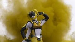 Over-Time-Unofficial-Sentai-Akibaranger-05-F874A59A.mkv_snapshot_18.20_2012.05.14_12.13.05