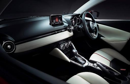 2015-Mazda2-Demio-22.jpg