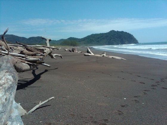 Camaronal_Beach_01
