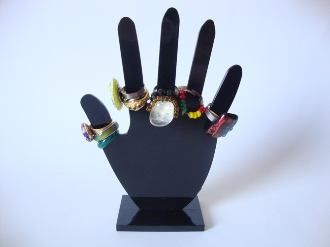 hand for rings