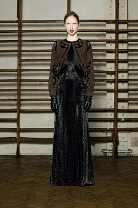 givenchy-spring-2012-couture-05_170647526362