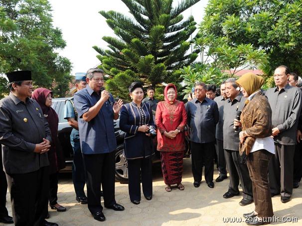foto keseharian Presiden Indonesia Susilo Bambang Yudhoyono (31)