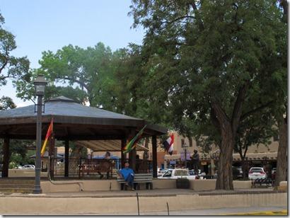 494 Taos plaza (640x480)