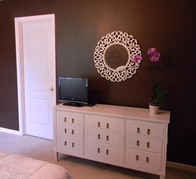 master bedroom 037