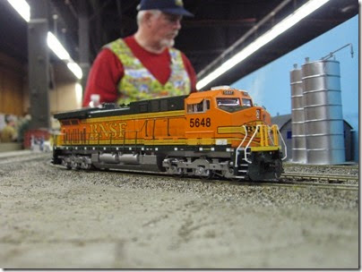 IMG_5390 BNSF AC4400CW #5648 on the LK&R HO-Scale Layout at the WGH Show in Portland, OR on February 17, 2007