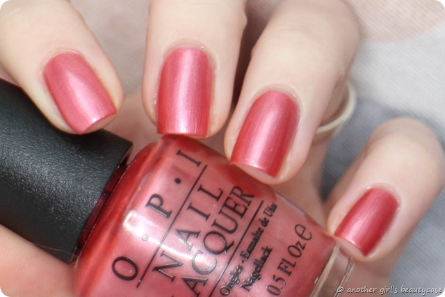 LFB Altrosa Your Web or Mine OPI Swatch soft rose schimmer (3 von 5)