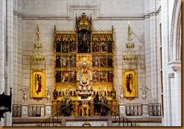 Madrid cathedral transept altar