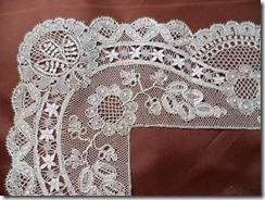 Tonder wide lace edging