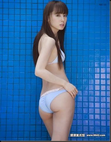 600full-rina-akiyama (9)