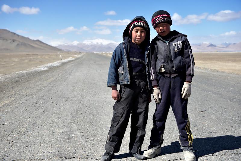 La revedere Tadjici, bine ati venit Kyrgyzi.