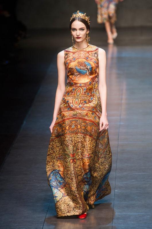 Dolce Gabbana Fall 2013 q0VkUHBpCNax