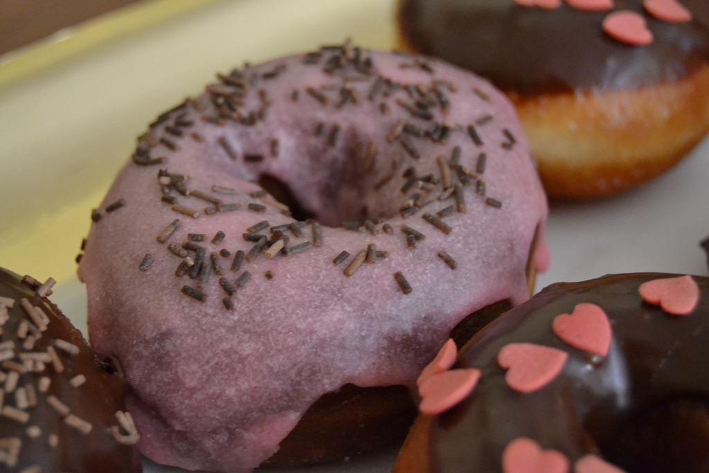 [donuts%2520%25283%2529%255B5%255D.jpg]