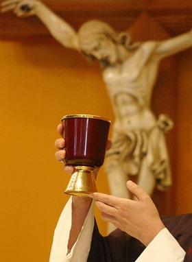 eucaristia e padre ddd