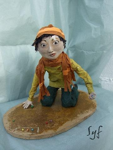 muñeco papel mache 18