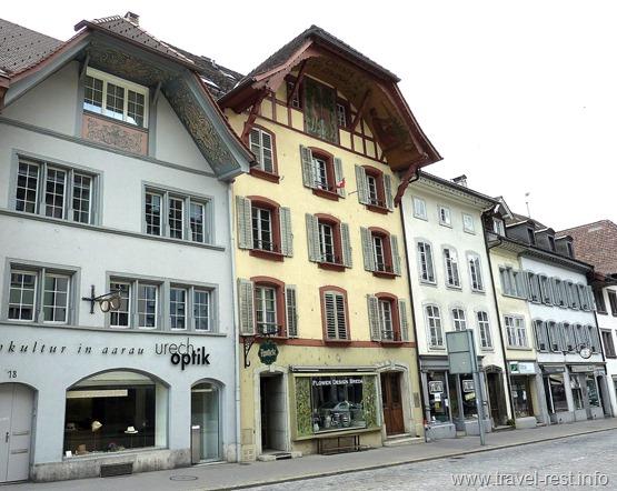 Aarau-13-25-32