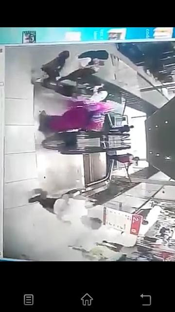 Video Kanak-Kanak Maut Jatuh Eskalator Kenanga Wholesale City