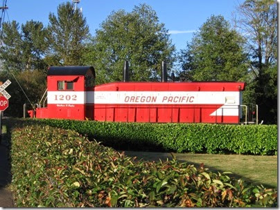 IMG_8951 Oregon Pacific SW1200RSu #1202 in Milwaukie on September 6, 2007