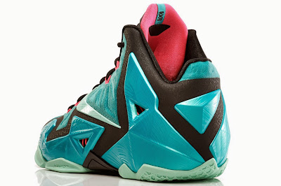 nike lebron 11 gr south beach 4 06 NIKE LEBRON 11 South Beach Remixes Past With Present