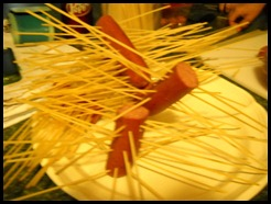 Hot Dogs and Spagetti noodles (1) (Medium)