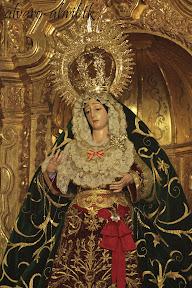 esperanza-guadix-vestida-para-la-coronacion-canonica-de-la-soledad-alvaro-abril-2012-(6).jpg