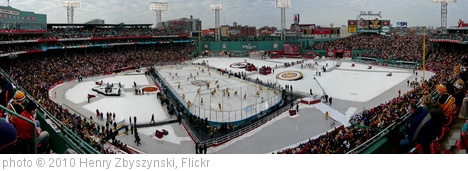 'Winter Classic Fenway Park Panorama' photo (c) 2010, Henry Zbyszynski - license: http://creativecommons.org/licenses/by/2.0/
