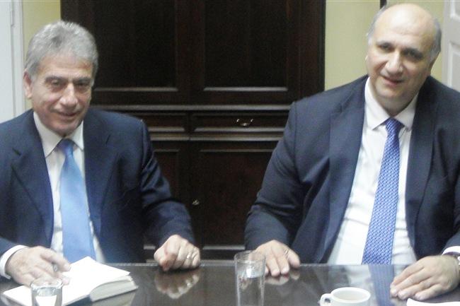 ΕΣΠΑ, ΣΕΣ και αυτοδιοικητικές εκλογές στο τραπέζι της συζήτησης μεταξύ Σπύρου και Αγγελάκα