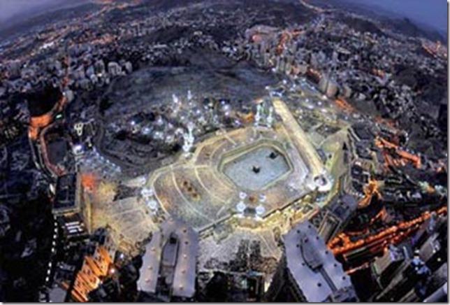 Masjidil-Haram-Malam-Hari