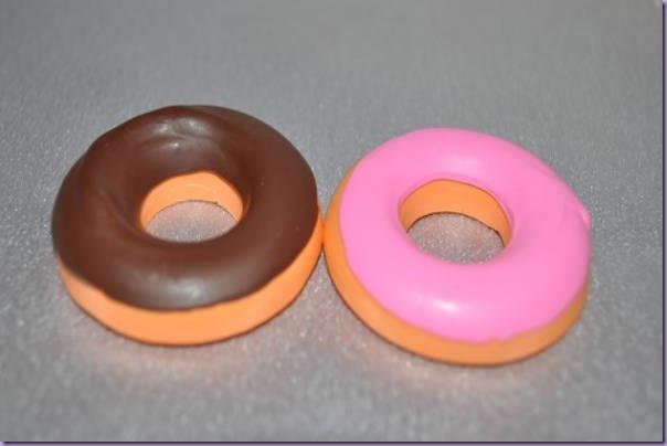 Giz-de-Cera-Crayons-Donuts