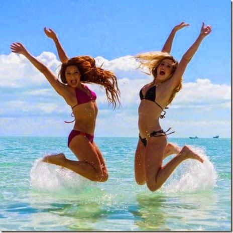 summer-bikinis-babes-041