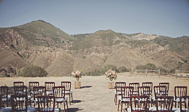 outdoor ceremony site sgl19-thumb-800x462-2509  brandon kidd photo and flowerwild