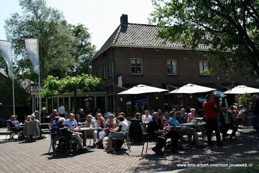 zomermarkt-joekskapellenfestival overloon 29-05-2011 (23).JPG
