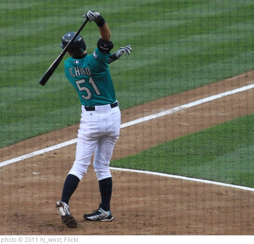 'Ichiro stretching before his at-bat' photo (c) 2011, hj_west - license: http://creativecommons.org/licenses/by-sa/2.0/