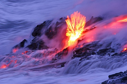 285. OMEARA LAVA BURST AS IT ENTERS OCEAN
