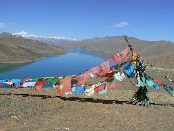 Obiective turistice Tibet: Yamdrok tso.JPG