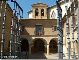 Patio barroco de la Basílica de la Virgen del Puy