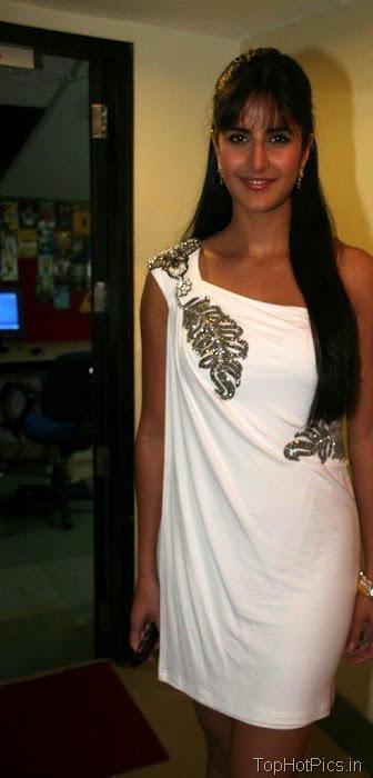 Katrina Kaif Hot Pics in Gorgeous White Dress 8