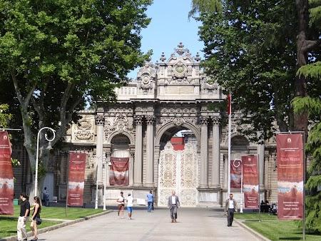 10. Palatul Dolmabahce.JPG