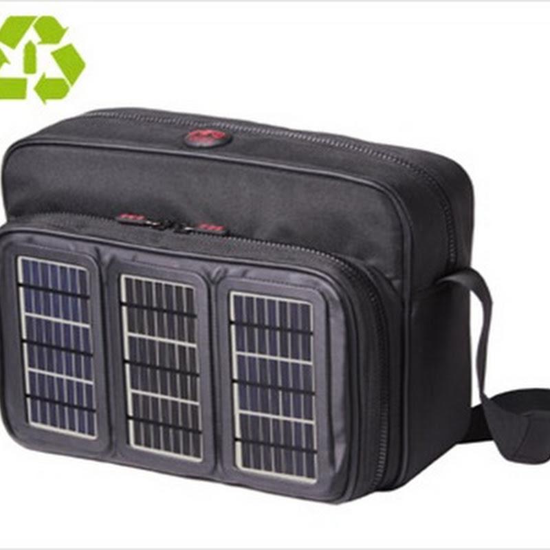 Maletines solares y ecológicos fabricados con PET reciclado de botellas plásticas