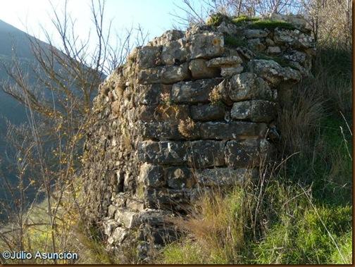Castillo de Monreal - Resto de muralla exterior