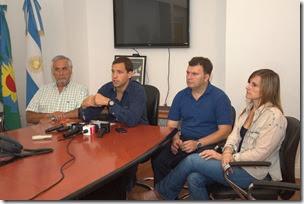 Juan Pablo de Jesús anunció un aumento del 44% en el sueldo básico del personal municipal