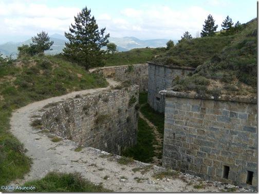 Fosos del fuerte de San Cristóbal - Ezkaba