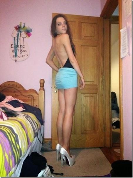 tight-dresses-044