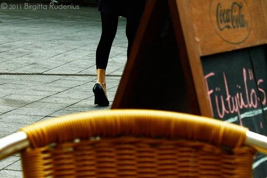 feet_20111005_cafe