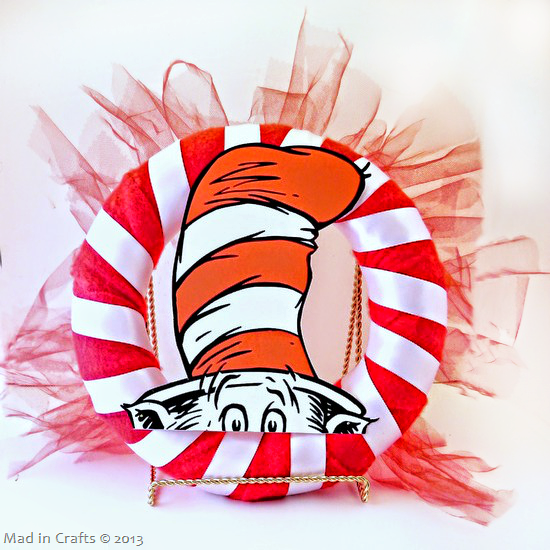 add cardstock cat in the hat