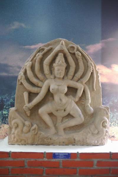 Phù điêu Durga Mahishasuramardini