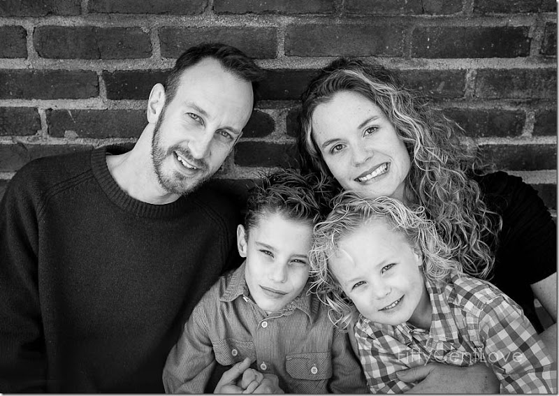 family-outdoor-portraits-va-3