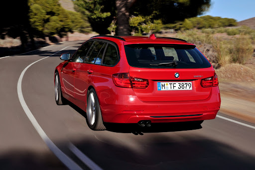 2013-BMW-3-Series-13.jpg
