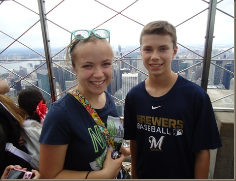 kids empire state bldg