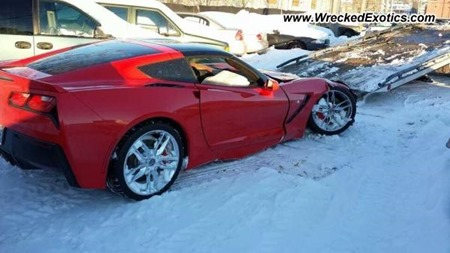 Chevrolet-Corvette-C7-Crash-2