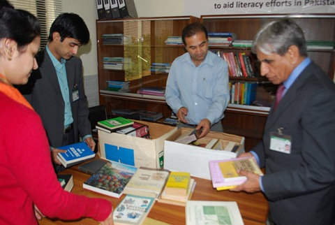 Rotary Books for the World_Hashoo Foundation Distribution (35)